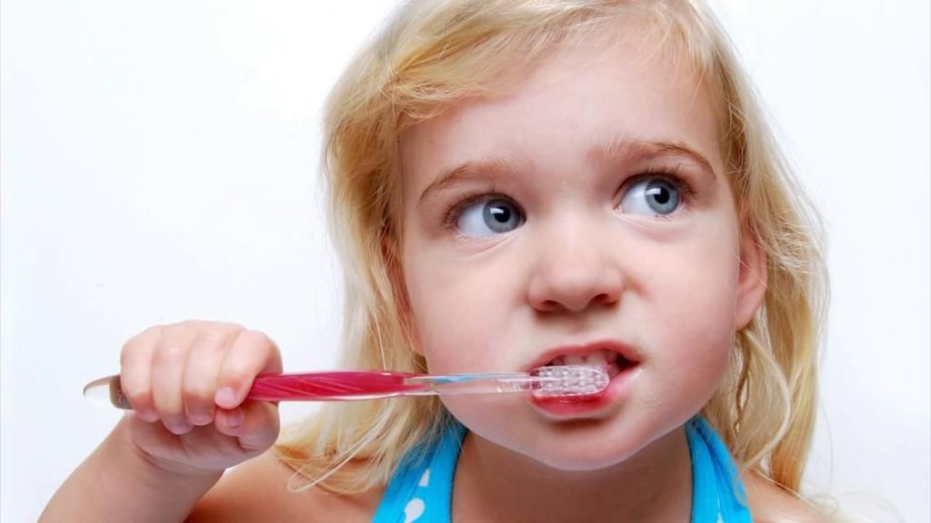 Vimeo pic of blonde-brushing-teeth