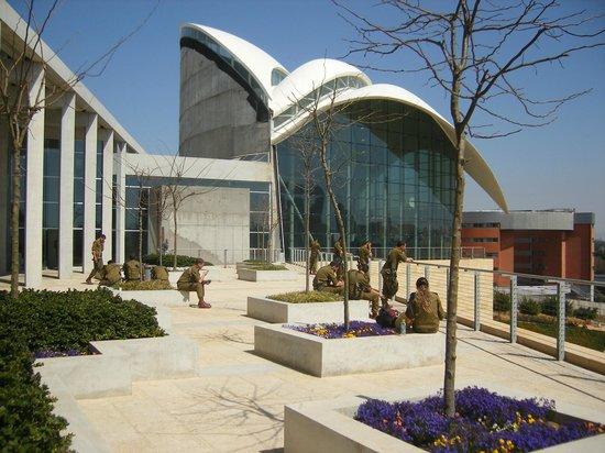 yitzhak-rabin-center