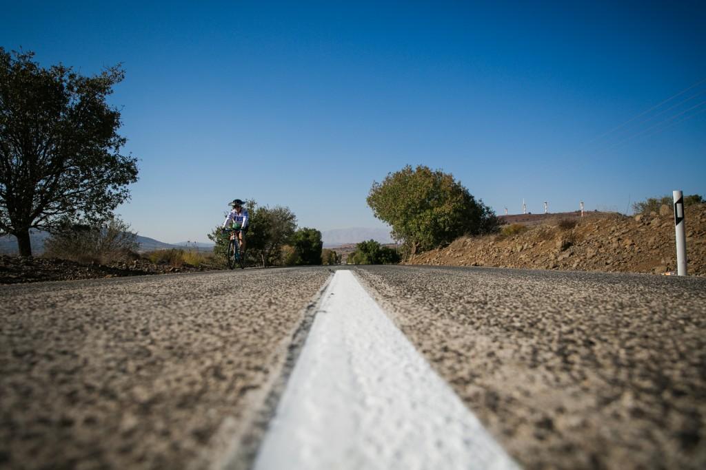 Cycling through the Golan Heights (Nadav Ariel).