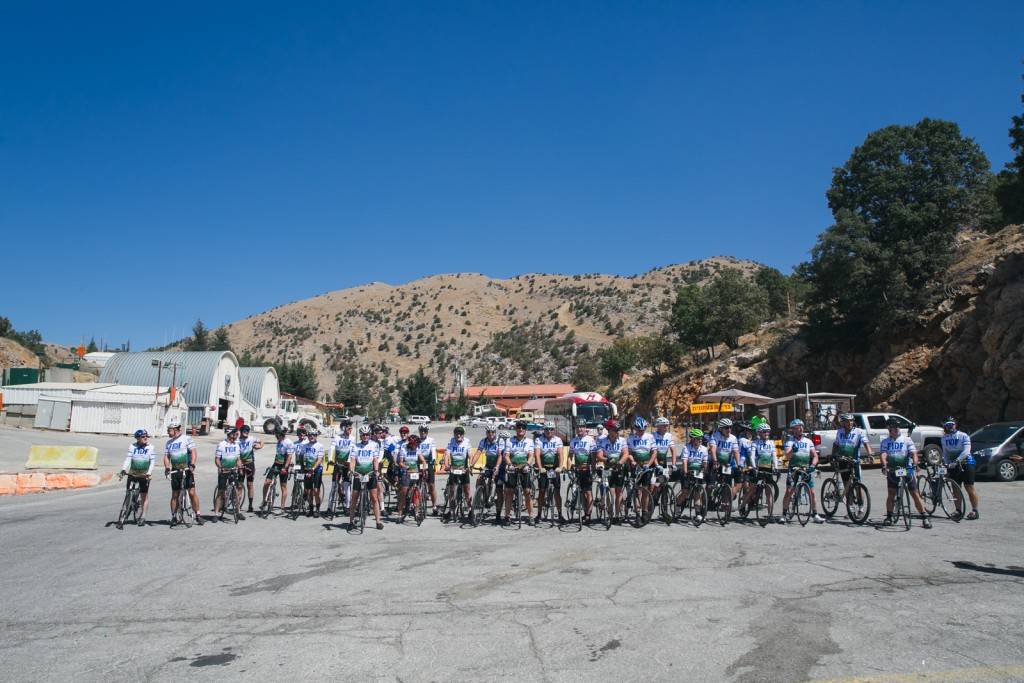 The group of FIDF cyclists at Mt. Hermon. (Nadav Ariel)