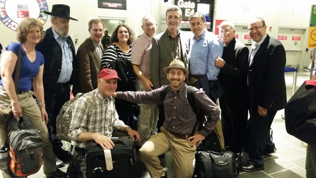 MBR Group photo at airport