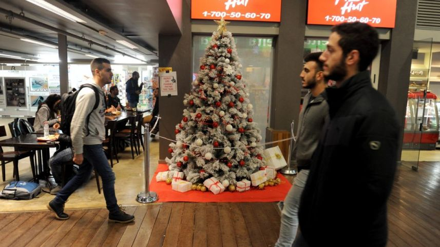 the Christmas tree in the Technion student union. (Photo credit Rami Shllush)