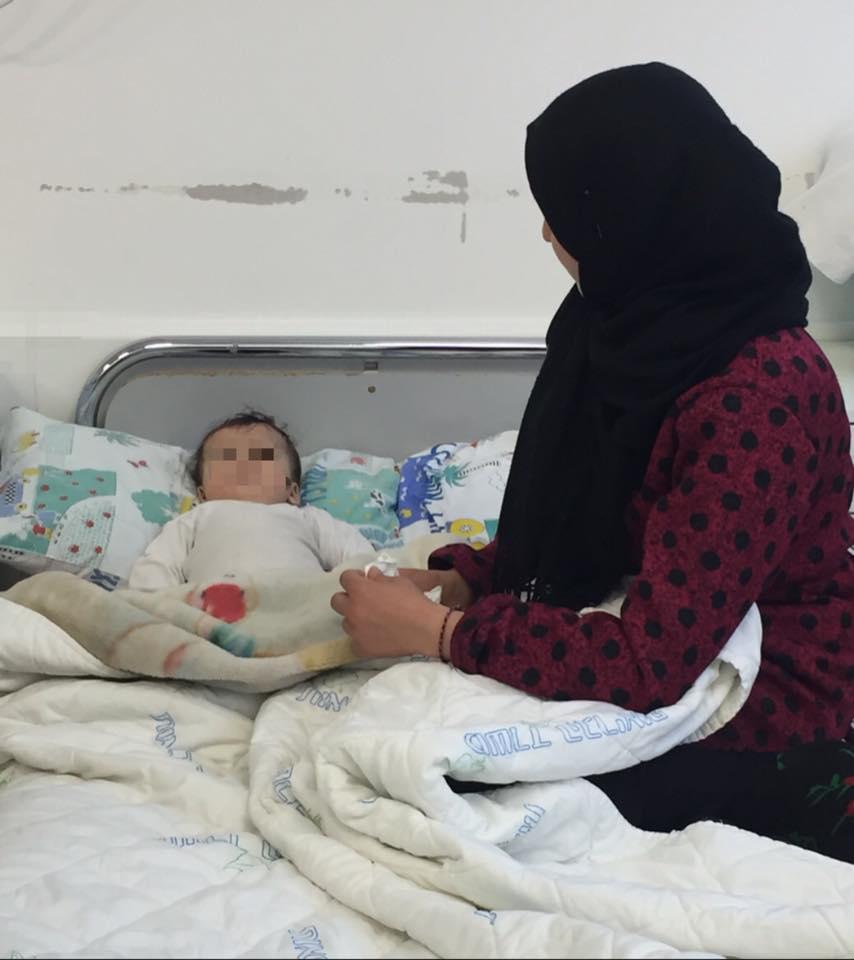 syrian mum and baby ziv 2 17