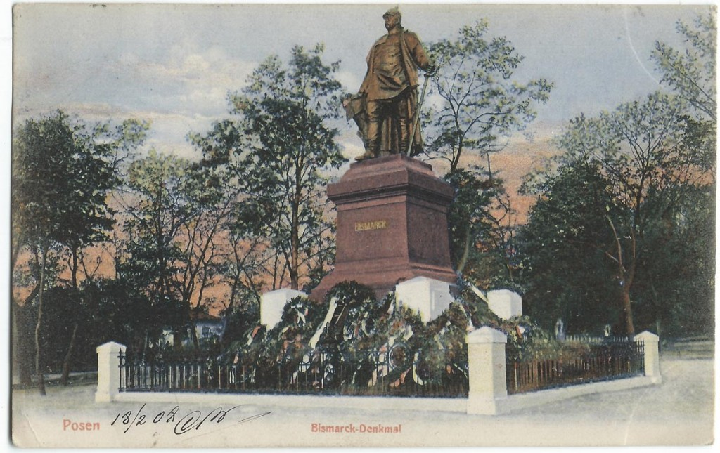 Postcard from 1908. (Wikimedia)