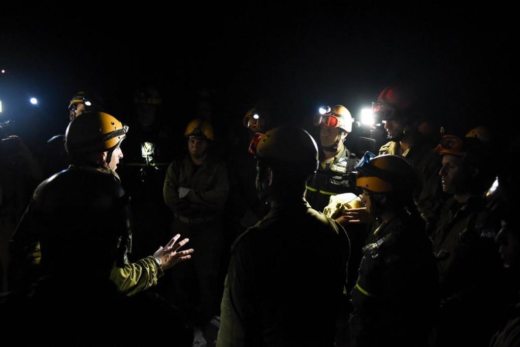 Night rescue in Nepal, April, 2015 (Courtesy IDF Spokesperson's Unit)