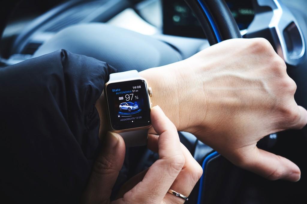 IOT - smart watch illustration