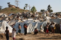 Emergency shelter for Rohingya refugees