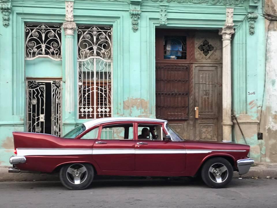 redgreen car cuba