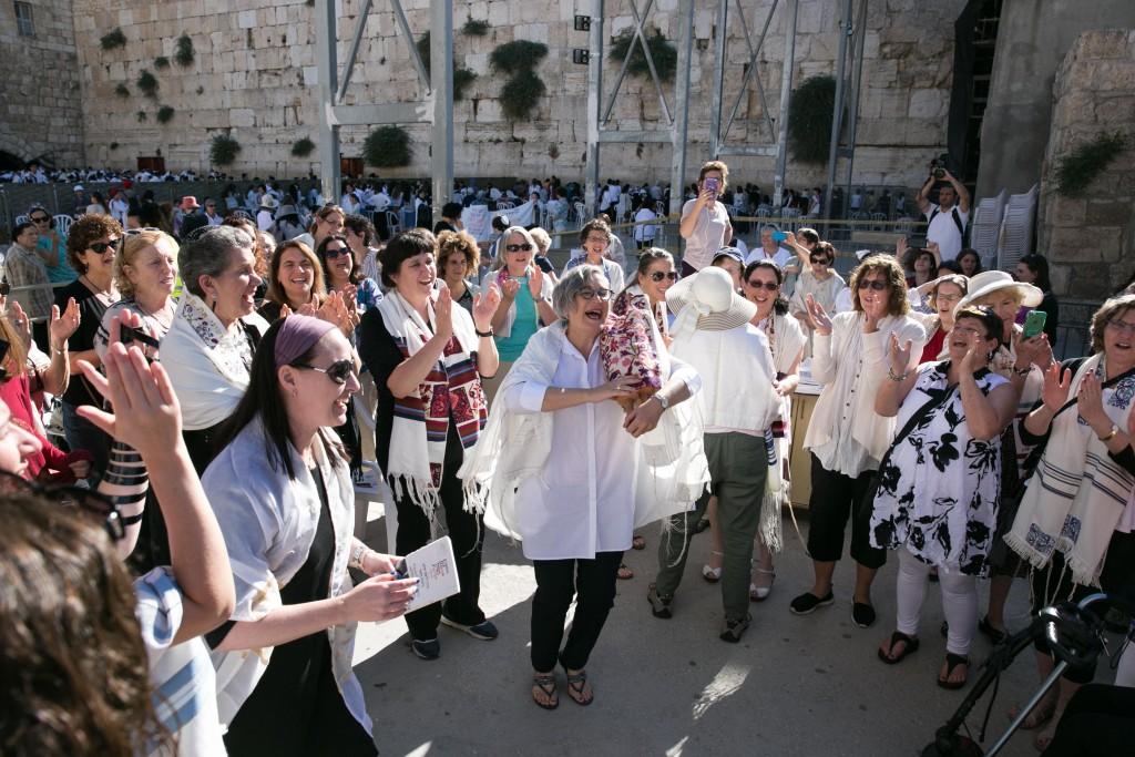 Dancing with Torah at WOW's Rosh Hodesh Prayer