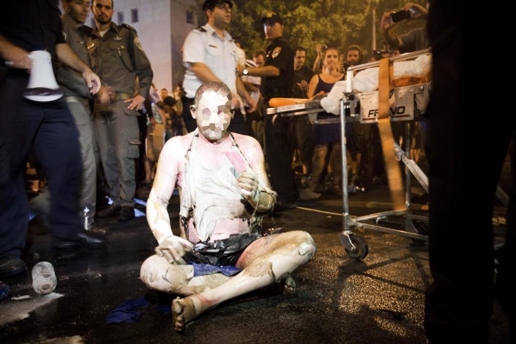 Moshe Silman at the protest Saturday night (photo credit: Tali Mayer/Flash90)