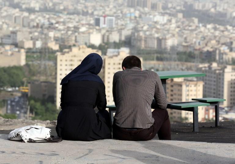 مترجم: 13 شيئًا يجب ألا يفعلها السياح في إيران أبدًا