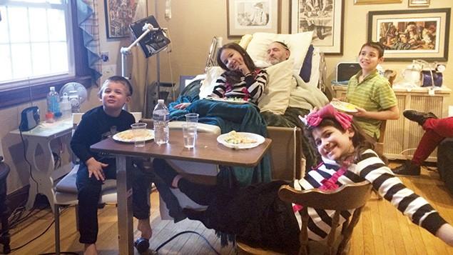 Irving Zeidel and his grandchildren
