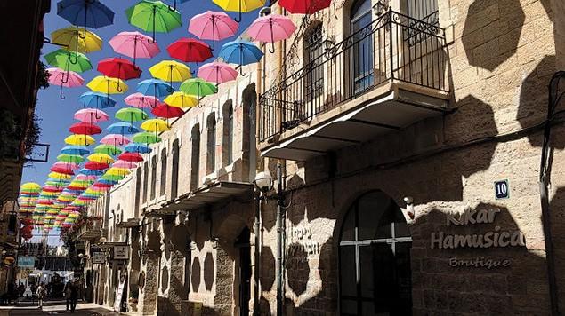 03-3b-F-Umbrella_Street_Jerusalem_2
