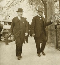 Friends Julius Rosenwald and Booker T. Washington walked together on the campus of the Tuskegee Institute in 1915. (Special Collections Research Center, University of Chicago Library)