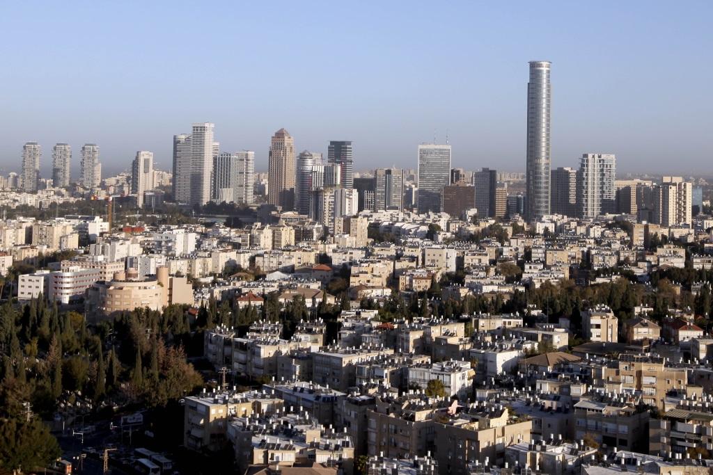 General view of Tel Aviv on December 27, 2010. (Abir Sultan/Flash 90)