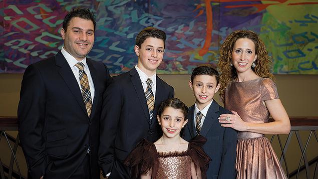 Gila Kolb and her family