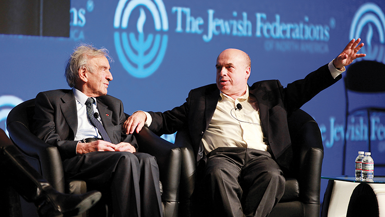 Mr. Wiesel and Natan Sharansky speak at a meeting sponsored by the Jewish Federations of North America. (ADL)