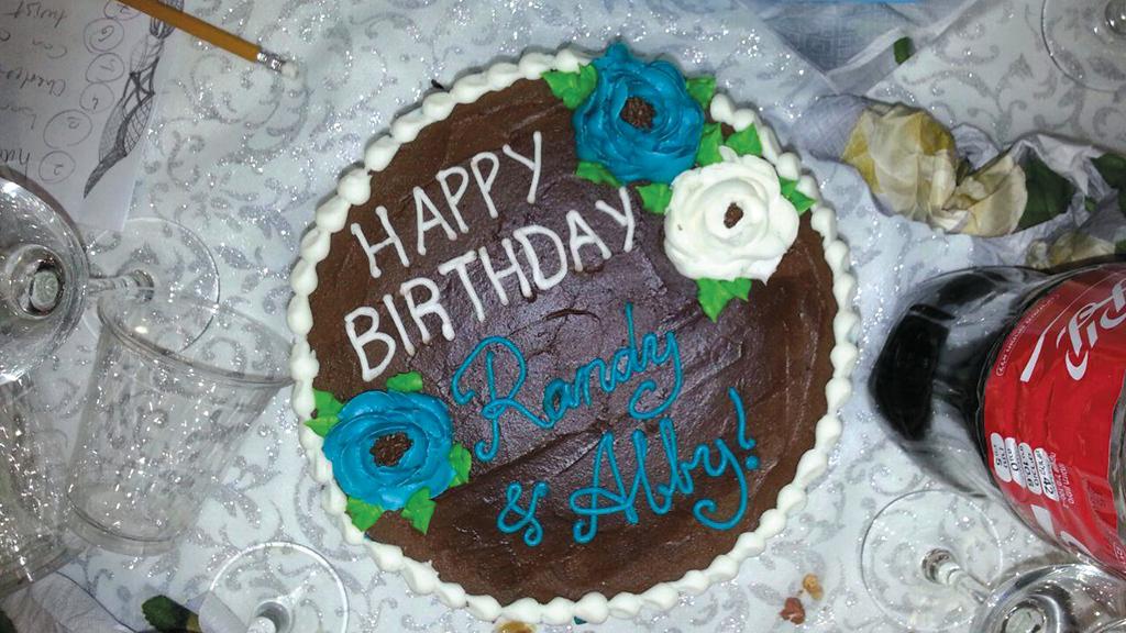 Birthday cake at the Alyn trivia quiz night. (Yael Klein)
