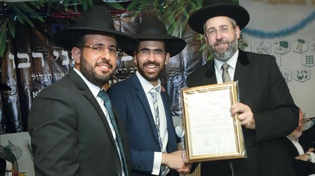 Chief Ashkenazi Rabbi David Lau, right, meets with B'Noam director Rabbi Yisroel Meir Riani in Modiin, Israel, in October 2016.
