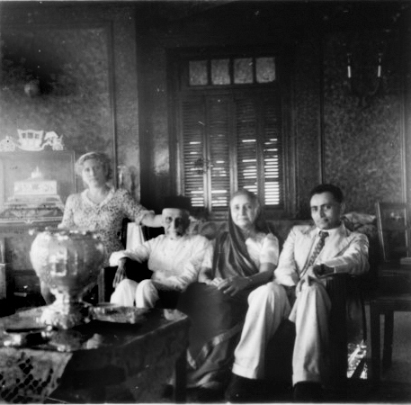 Hilde Holger Boman-Behram, an Ashkenazi Jew, established a dance school in Bombay.