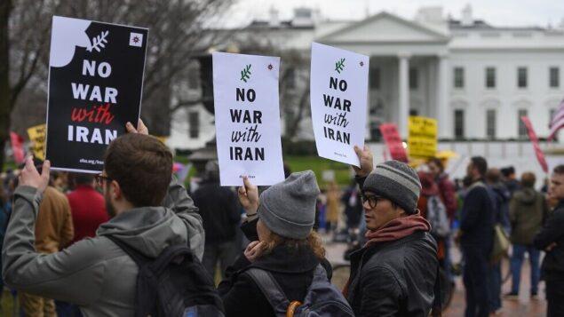 تظاهرات في الولايات المتحدة رفضا لأي حرب مع إيران | تايمز أوف إسرائيل