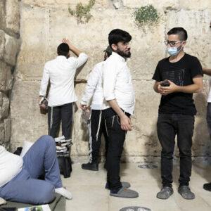 به گزارش دانشگاه عبری، اسرائیل موج دوم ویروس را به کنترل درآورده